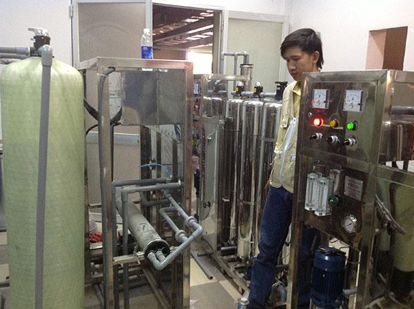 hệ thống lọc nước đóng bình công suất 700 l/h