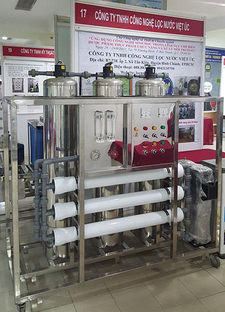 dây chuyền lọc nước đóng bình thông minh